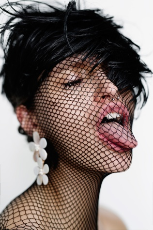 photographer: susanne spiel / www.susannespiel.com model: alex / focus model makeup: nieves elorduy hair: denis perani styling: greta olsson